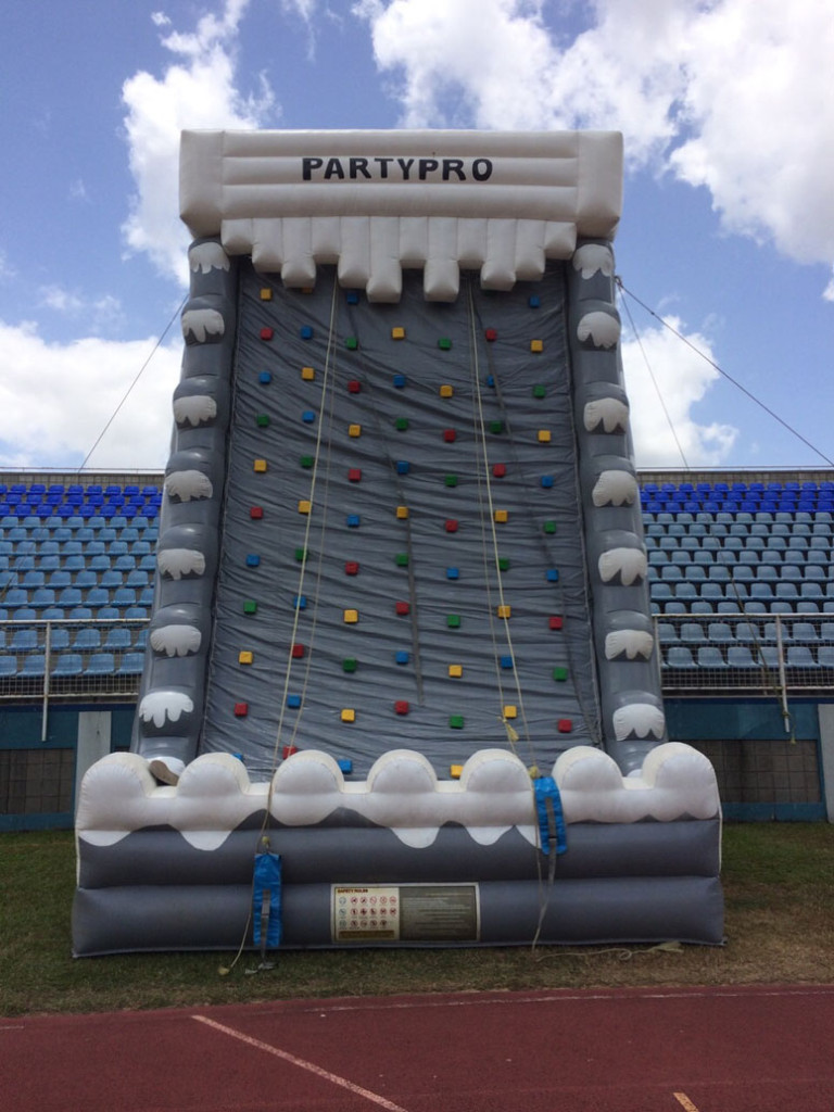 rock-wall-inflatable